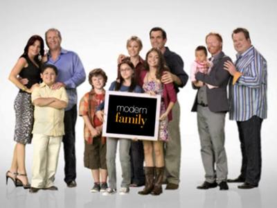20150319215623-modern-familytigtlecard.jpg