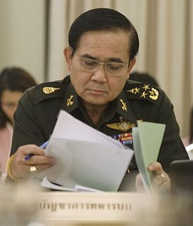20140525163922-prayuth-jan-ocha-2010-06-17-cropped-1-.jpg