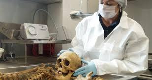 20161129204839-medicina-forense.jpg
