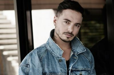 20170523161601-j-balvin-press-photo-2016-demin-billboard-650.jpg
